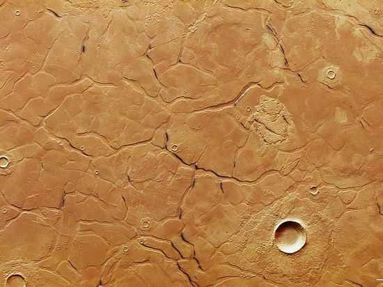 Таинственный лабиринт на Марсе привлек внимание планетологов