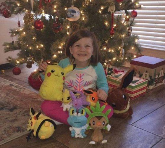 Шестилетняя девочка разблокировала iPhone при помощи пальца спящей матери и купила игрушек на $250