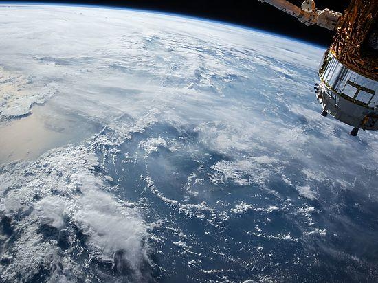 Dragon в эфире: началась трансляция стыковки космического грузовика с МКС
