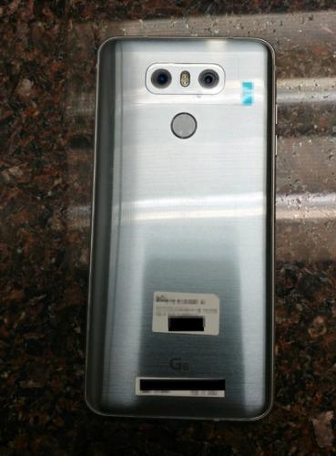 Новые «живые» фото смартфона LG G6 подтверждают наличие экрана со скруглёнными углами