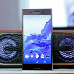 Представлены смартфоны Sony Xperia XZ Premium и Xperia XZs, способные снимать видео с частотой 960 к/с