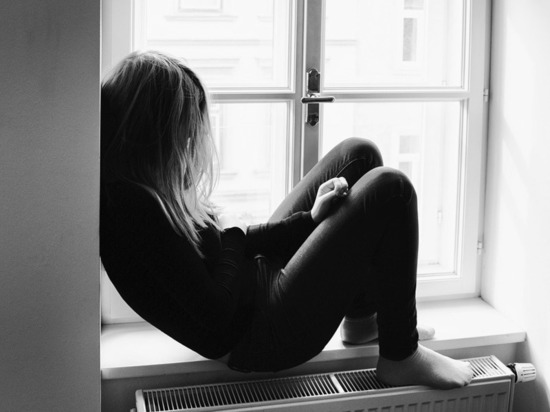 Специалисты рассказали, чем депрессия опасна для подростков