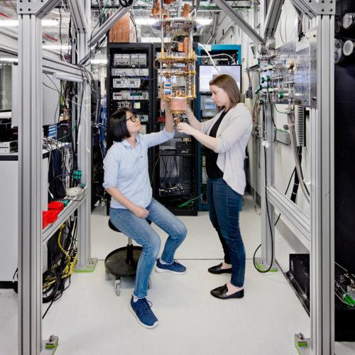 IBM строит первый коммерческий квантовый компьютер, который будет доступен в облаке