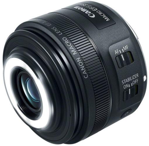 Объектив Canon EF-S 35mm f/2.8 Macro IS STM оснащен встроенной подсветкой для макросъемки