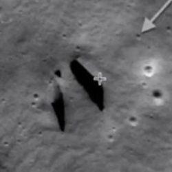 Уфологи заметили на Луне вход в подземелье, которое выкопали пришельцы