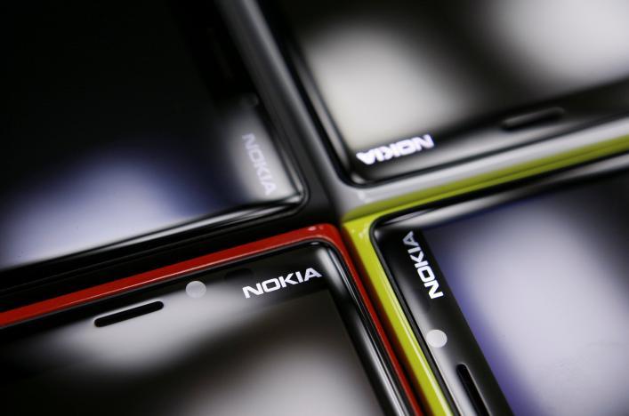 Nokia и Apple уладили патентный спор и стали партнерами, Apple согласилась платить за использование патентов Nokia