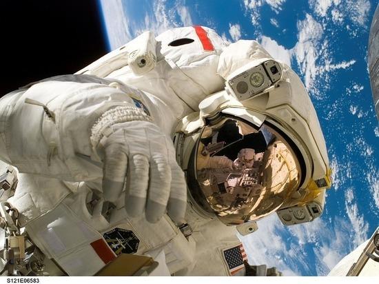 Названы имена астронавтов, которых планируется первыми отправить на Марс