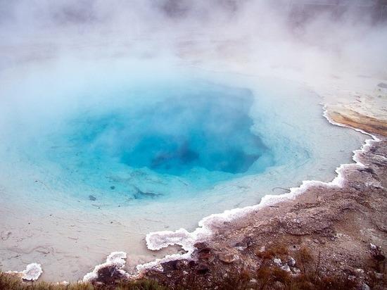 Химики: воду и благородные газы на Землю принесли кометы