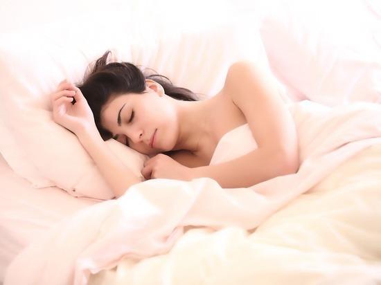 Сон в выходные признали вредным