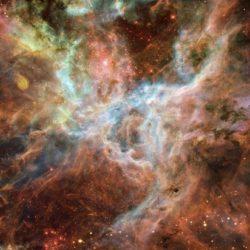 Астрофизики: соседняя галактика обстреливает Млечный путь звездами