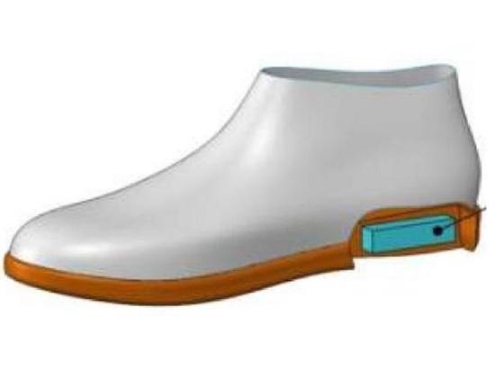 Сибирские ученые создали умные ботинки, которые доведут, куда надо