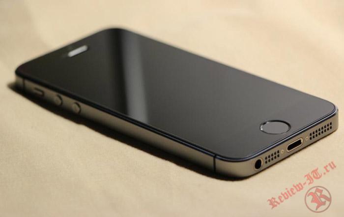 Новые смартфоны от Apple поступят в продажу в трех цветах корпуса