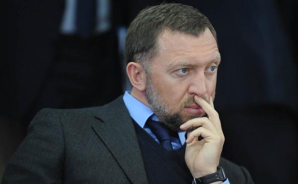 Миноритарные акционеры ГАЗа обвинили Дерипаску в выводе 11,5 млрд руб.
