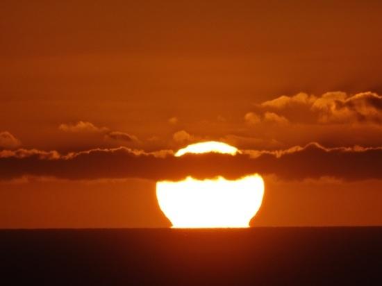 Произошедшая на Солнце вспышка обернется для Москвы катастрофой, заявил метеоролог