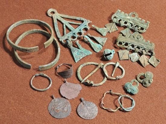 Археологи рассказали, почему найденную в Суздале древнюю девушку назвали «космополитичной модницей»