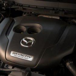 Компания Mazda создала первый в мире бензиновый двигатель с компрессионным воспламенением топливной смеси
