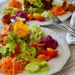 Ученые рассказали, какие диеты продлевают жизнь