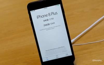 Стали известны новые случаи вздутия iPhone 8