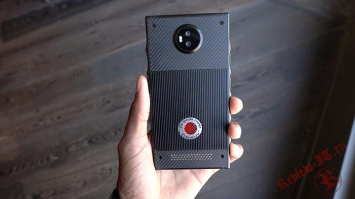 Смартфон Red Hydrogen One будет иметь голографический проектор