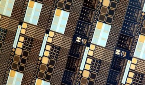 Новые мемристоры, способные переключаться между 128 состояниями, станут основой памяти и нейроморфных процессоров следующего поколения