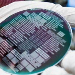 Диоксид ванадия - перспективный материал для электроники следующего поколения