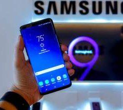 Покупатели хотят, чтобы Samsung отказалась от изогнутых дисплеев