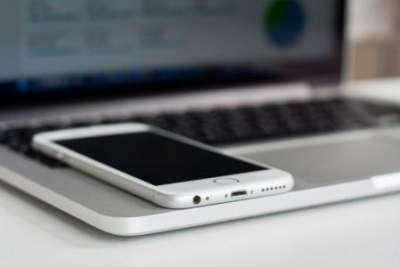 Apple скоро представит iPhone SE с экраном LCD