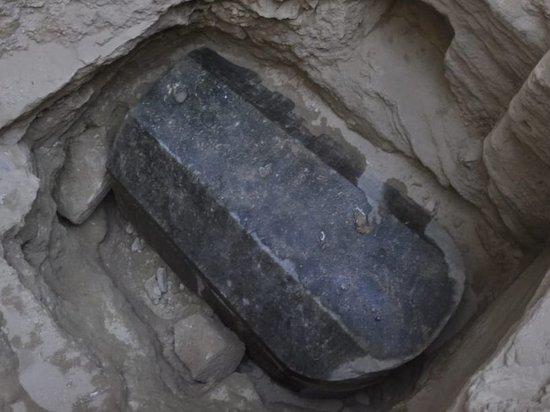 Археологи решились открыть двухтысячелетний саркофаг, хранящий тайны древней Александрии