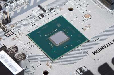 Intel работает над чипсетом B365