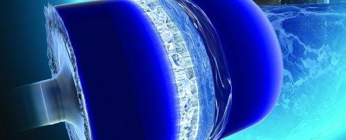 Ученые обнаружили, что одна из экзотических форм льда может расти со скоростью 1600 километров в час