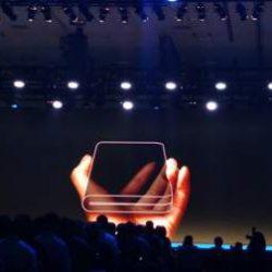 Названа ожидаемая цена «гибкого» смартфона от Samsung