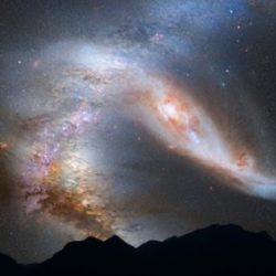 """Катастрофическое столкновение галактик может """"запустить"""" Солнечную систему в открытый космос"""