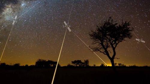 Компания Lynk впервые реализовала технологию прямого обмена данными между спутником и обычным мобильным телефоном