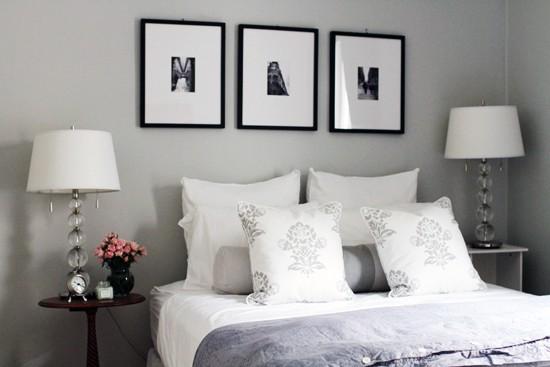 Картина в интерьере комнаты
