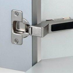 Фурнитура: двери, столешницы, петли. Продолжение