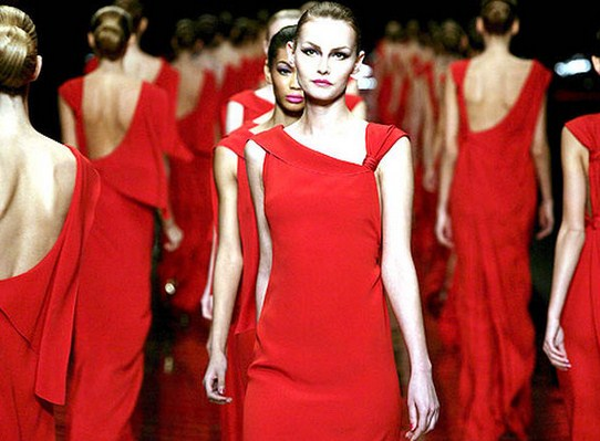 Изысканный шарм вечерних платьев