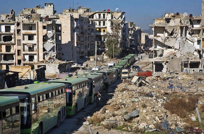 Из Алеппо потянулись колонны беженцев » Новости со всего мира,Интересные новости,Интересные факты,Новости России сегодня,.