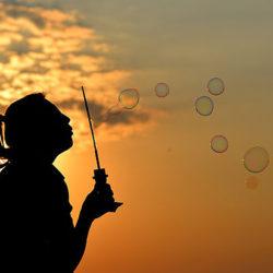 Ученые рассказали, чем чреват недостаток солнечного света в детстве