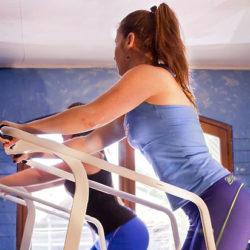 Ученые выяснили, почему посещение спортзала помогает похудеть не всем