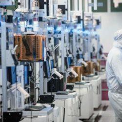 Intel начнет тестовый выпуск продукции по нормам 7 нм в этом году