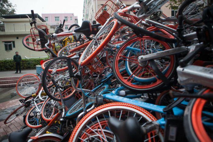 «Свалки» прокатных велосипедов в Китае » Новости со всего мира,Интересные новости,Интересные факты,Новости России сегодня,.