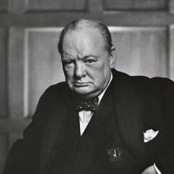 Американские ученые нашли эссе Черчилля об инопланетной жизни
