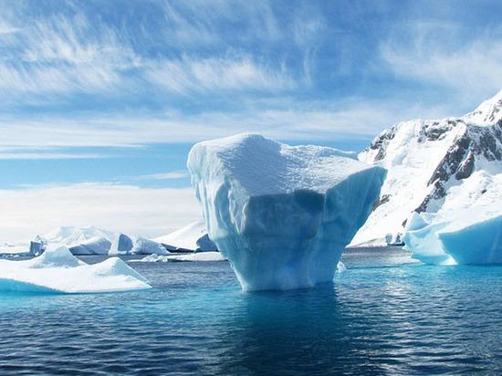 Потоки талой воды, обнаруженные в Антарктиде, обеспокоили климатологов