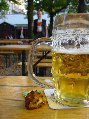 Ученые выяснили, что пиво снимает боль лучше парацетамола