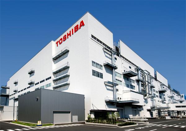 Foxconn может завладеть частью полупроводникового бизнеса Toshiba, используя Sharp