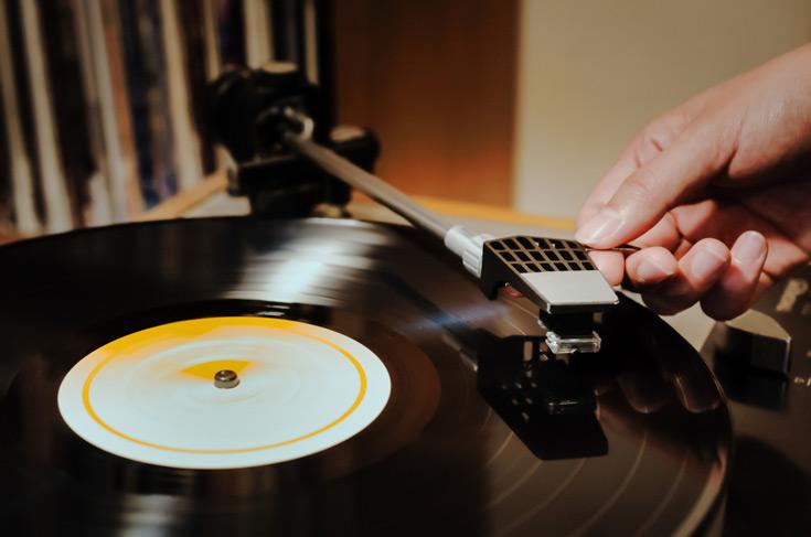 Sony возобновит выпуск виниловых пластинок