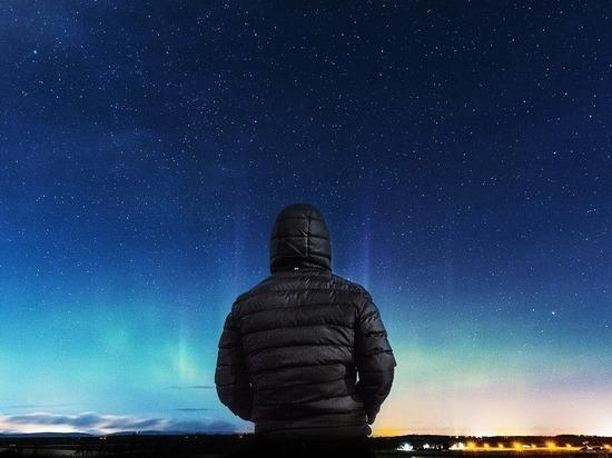 Стивен Хокинг призвал не искать инопланетян и объяснил почему