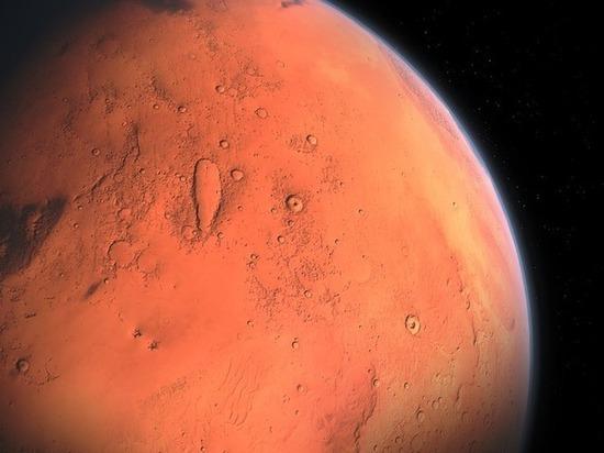 На Марсе обнаружены новые залежи воды