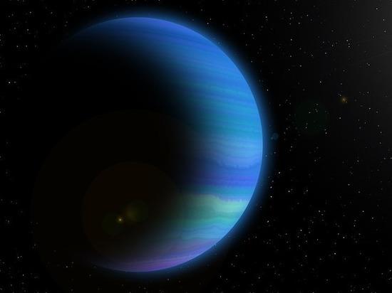 Астрономы нашли планету со светящейся водой