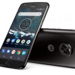 Google представил необычный смартфон One Moto X4